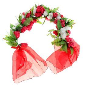Цветочная арка из роз красно-белая