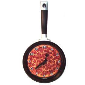 Часы настенные сковородка с пицей