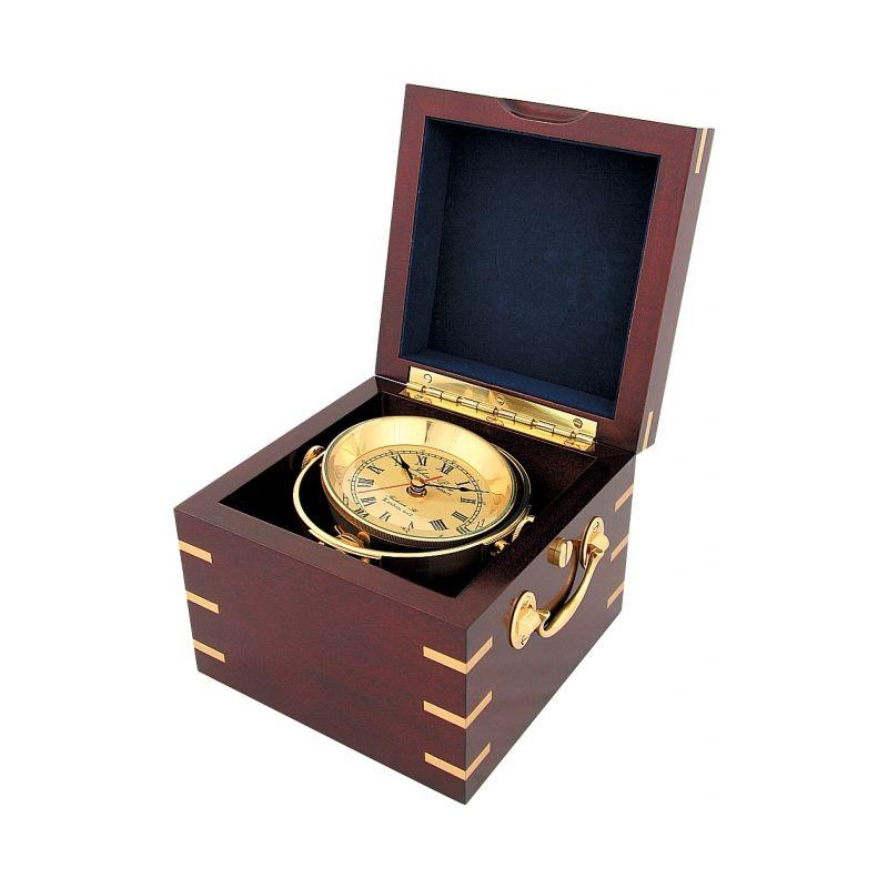 Часы в деревянной шкатулке CK183