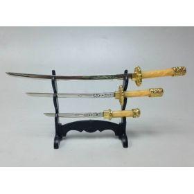 """Сувенирное оружие """"Катаны"""" из 3 штук"""