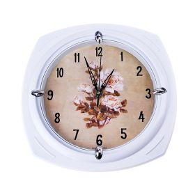 """Часы настенные квадрат, рама белая , на циферблате """"Цветы"""""""