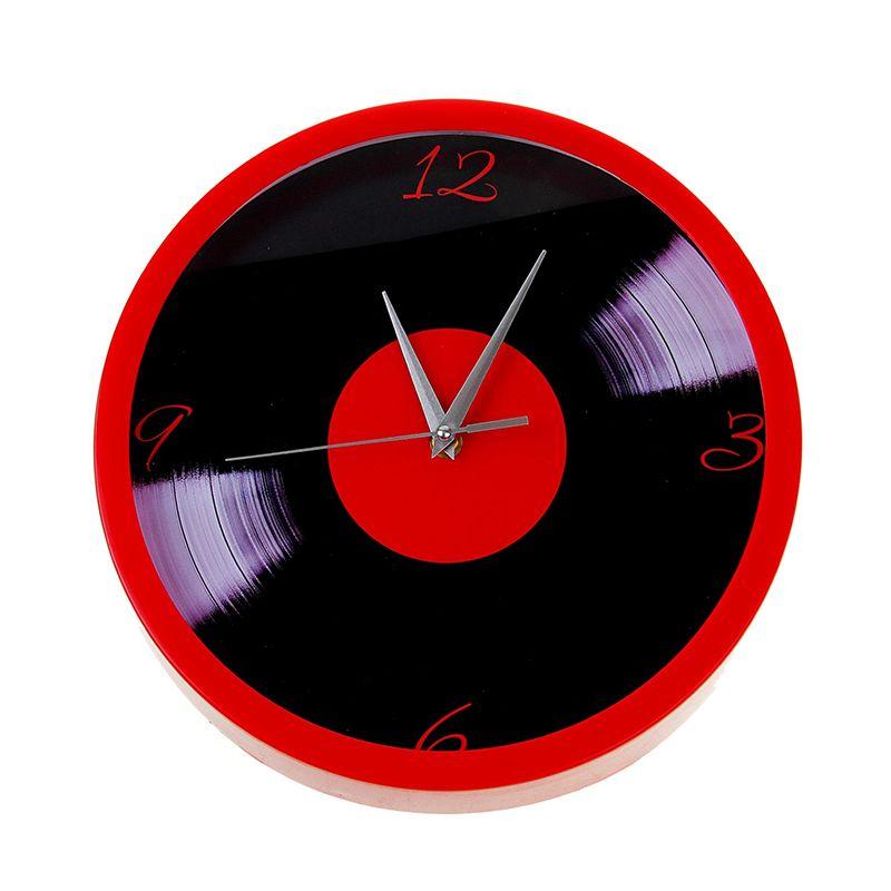 """Часы настенные круг, рама красная, на циферблате """"Пластинка"""""""