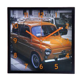 """Часы настенные квадрат рама черная , на циферблате """"Ретроавтомобиль оранжевый"""""""