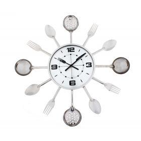 Часы настенные круглые в обрамлении столовыми приборами вилки, ложками, поварешки