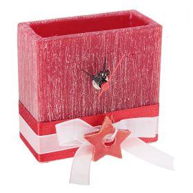 Часы из воска квадратной формы красного цвета с ароматом ягод, декор-ые керам звездой
