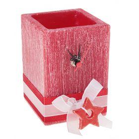 Часы из воска прямоугольной формы красного цвета с ароматом ягод, декор-ые керам-кой звездо